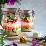 Salade de vermicelles de riz inspiration thaï à la sauce miel – gingembre – cacahuète